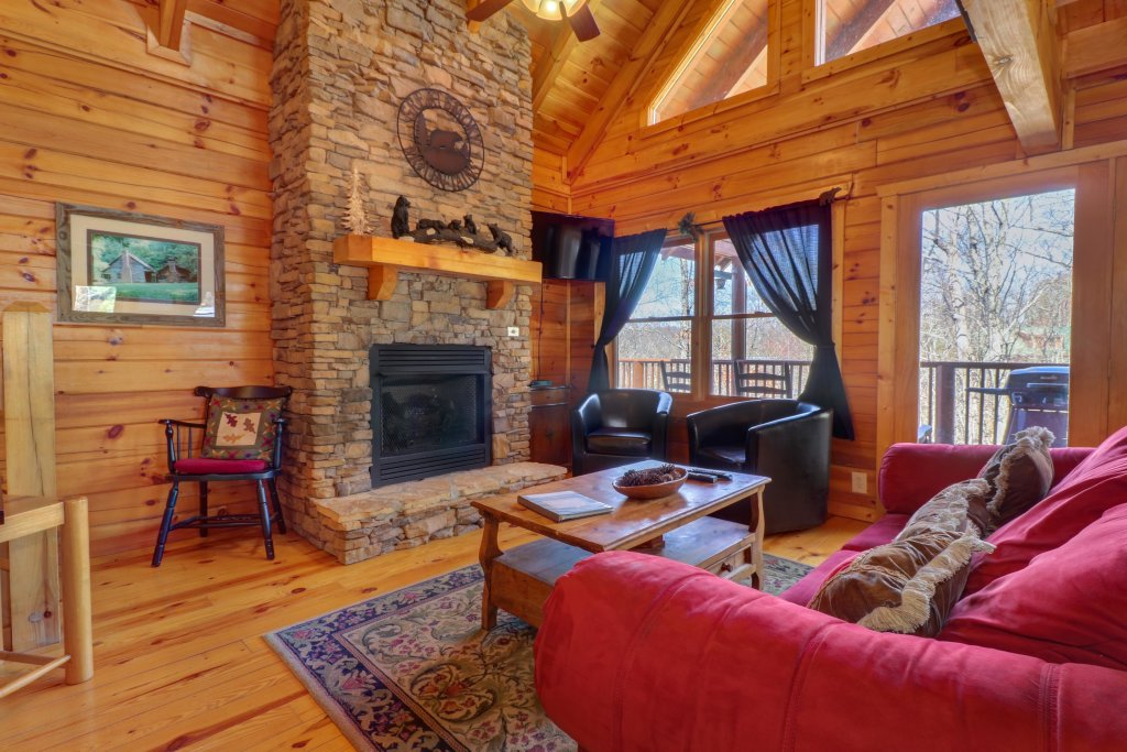 Photo of a Pigeon Forge Cabin named Gristmill Getaway - This is the thirty-first photo in the set.