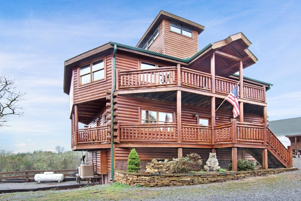 Photo of a Sevierville Cabin named Galaxy Splash - This is the fourteenth photo in the set.