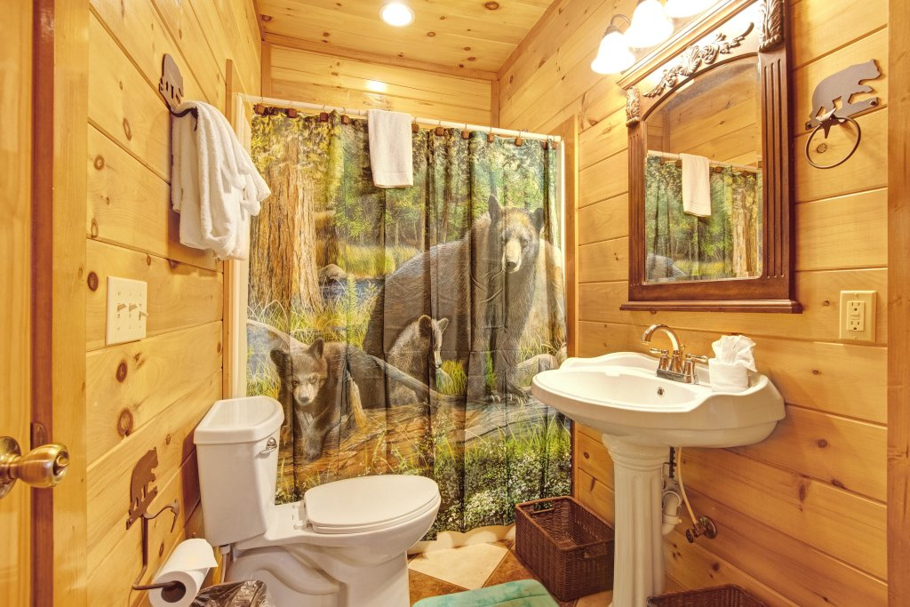 Photo of a Sevierville Cabin named Galaxy Splash - This is the twenty-second photo in the set.