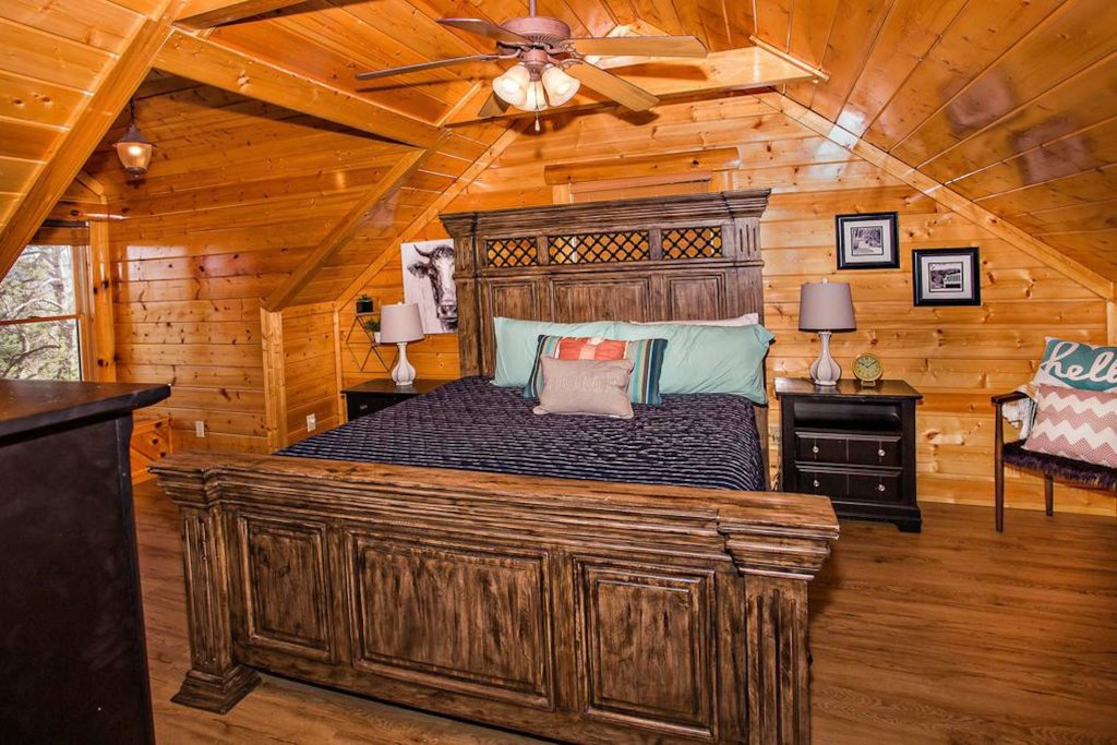Photo of a Sevierville Cabin named Heaven Sent - This is the twenty-second photo in the set.