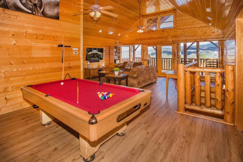 Photo of a Sevierville Cabin named Heaven Sent - This is the twenty-fourth photo in the set.