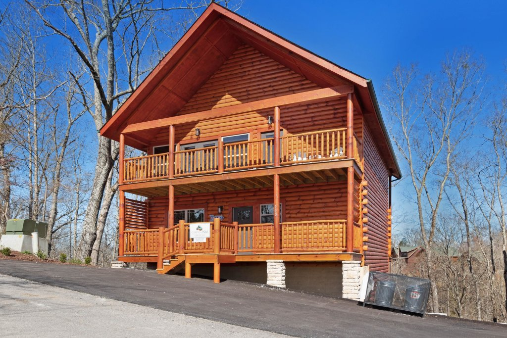 Photo of a Sevierville Cabin named Splashing Cubs - This is the twenty-fifth photo in the set.