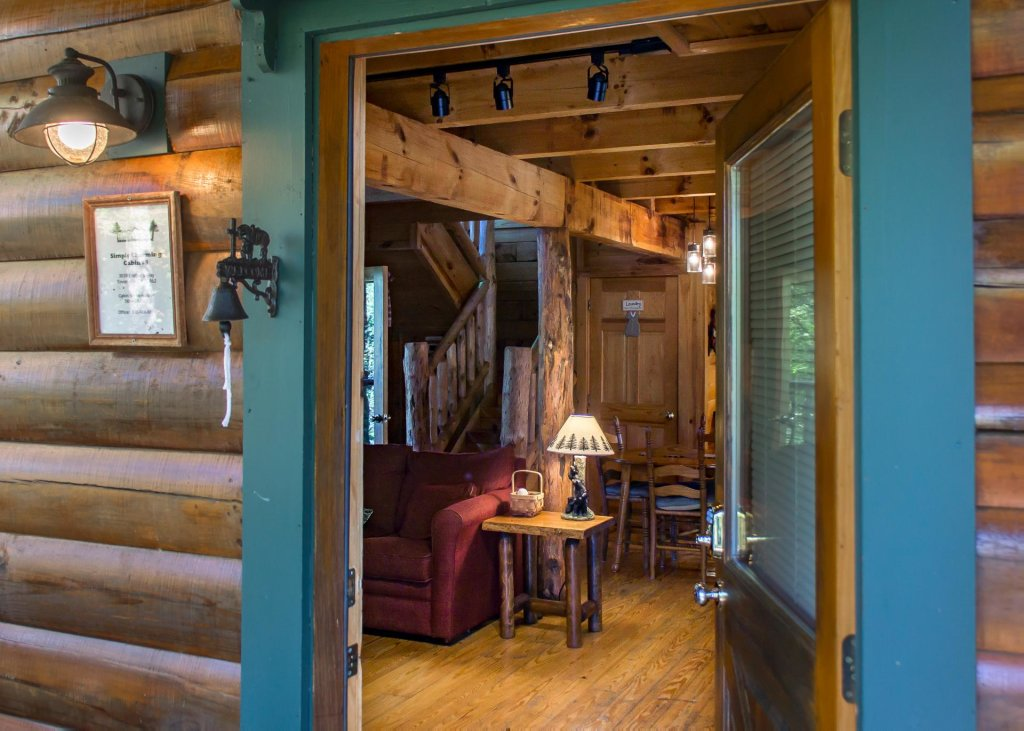 Photo of a Pigeon Forge Cabin named Simply Charming #9 - This is the fifth photo in the set.