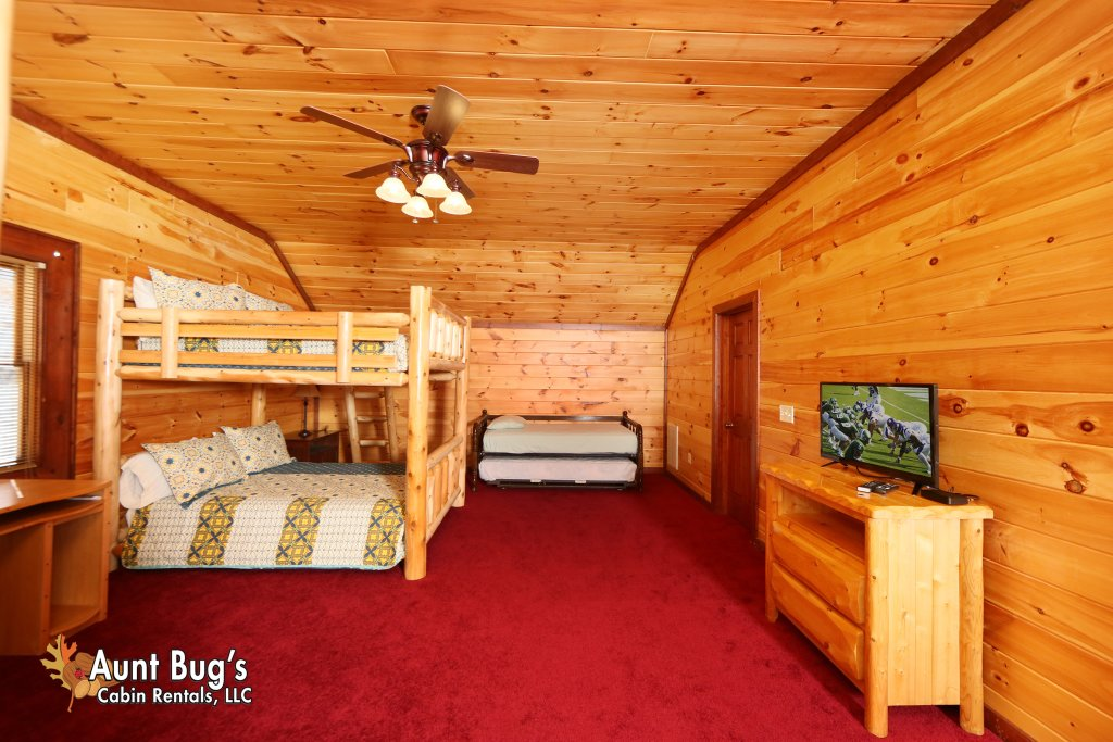 Photo of a Gatlinburg Cabin named Splash N' Play #524 - This is the twenty-second photo in the set.