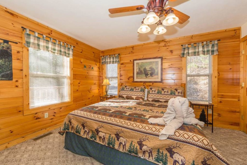 Photo of a Sevierville Cabin named Happy Daze - This is the twentieth photo in the set.