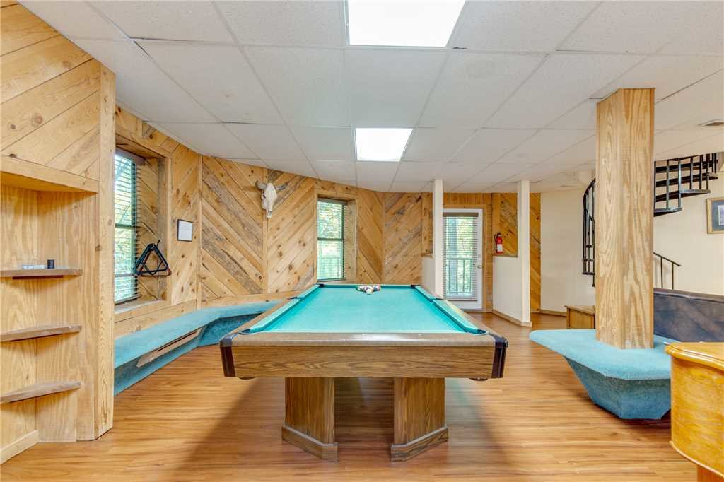 Photo of a Gatlinburg Cabin named Smoky View Chalet - This is the tenth photo in the set.