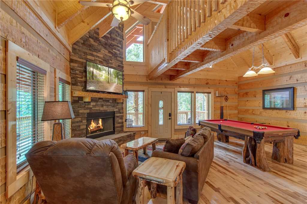 Photo of a Gatlinburg Cabin named Lover's Hideaway - This is the fourth photo in the set.