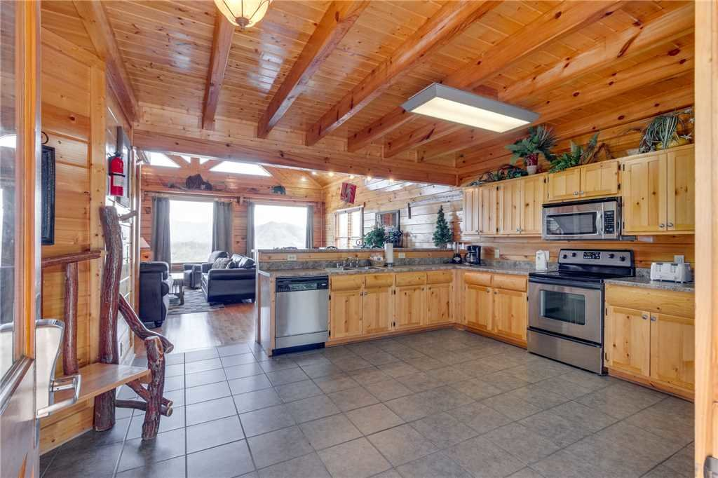 Photo of a Pigeon Forge Cabin named Big Sky - This is the fifteenth photo in the set.