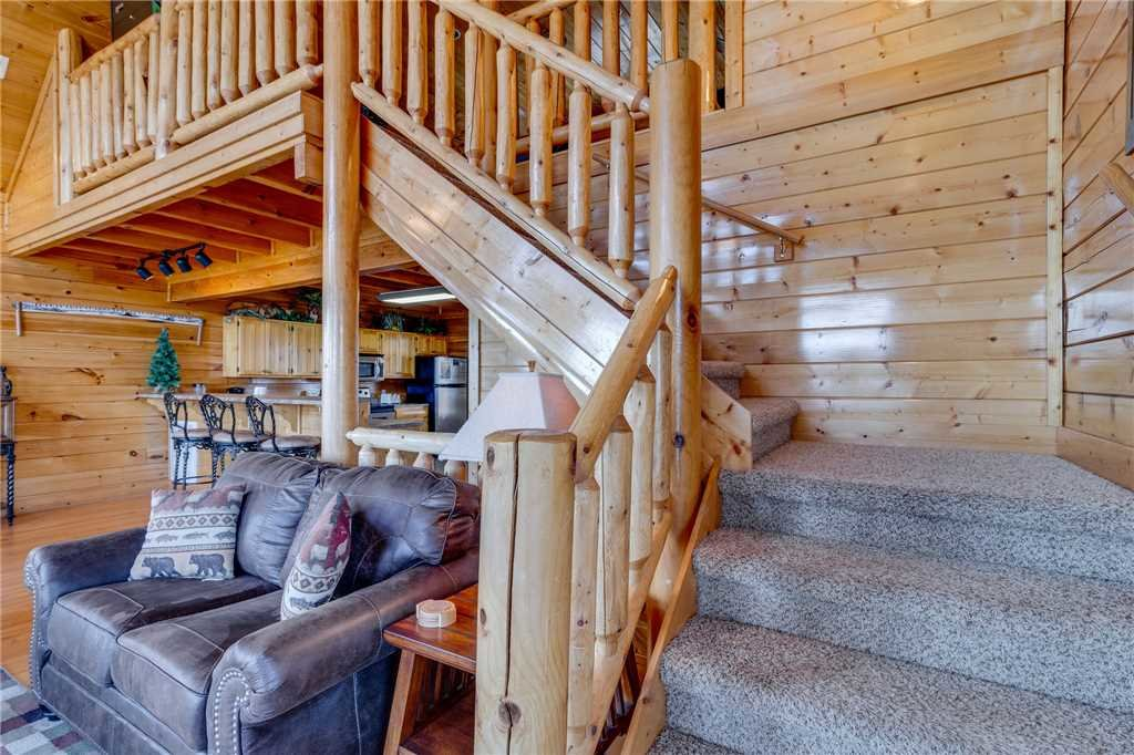 Photo of a Pigeon Forge Cabin named Big Sky - This is the eighteenth photo in the set.