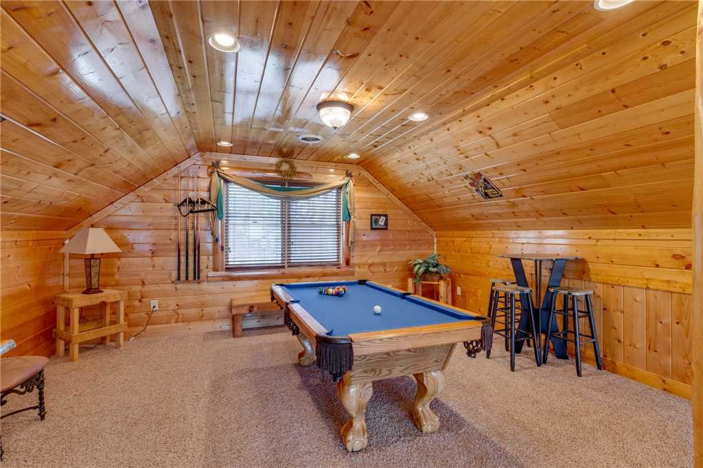 Photo of a Pigeon Forge Cabin named Big Sky - This is the nineteenth photo in the set.