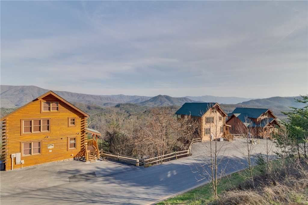 Photo of a Pigeon Forge Cabin named Big Sky - This is the thirty-ninth photo in the set.