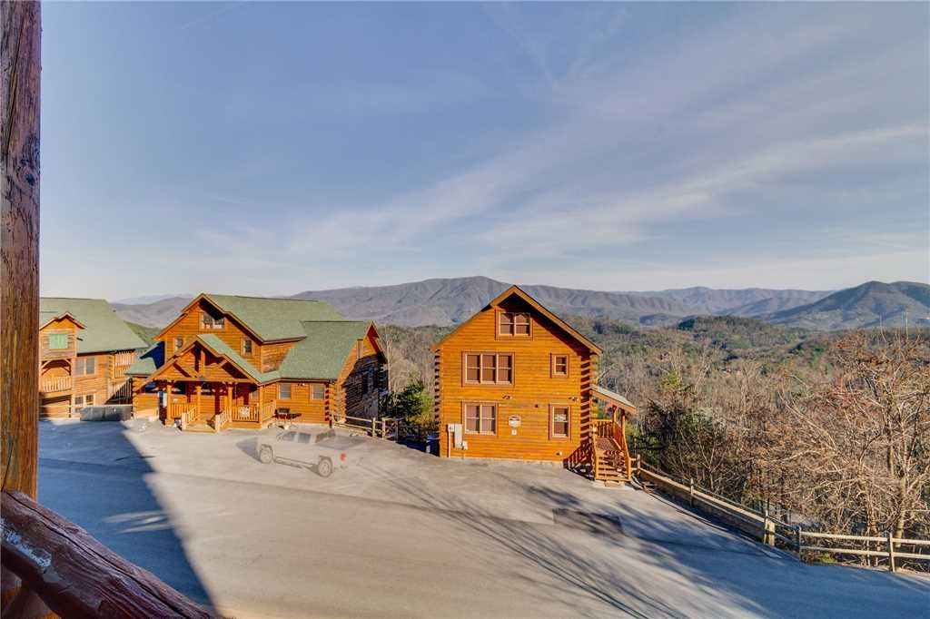 Photo of a Pigeon Forge Cabin named Big Sky - This is the forty-first photo in the set.