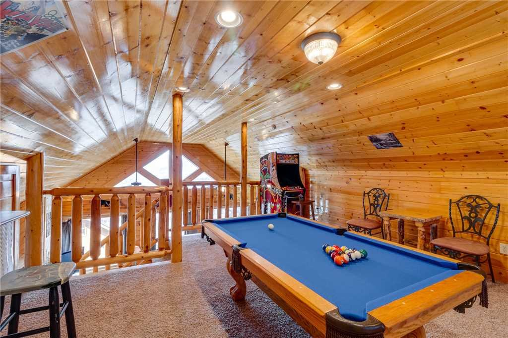 Photo of a Pigeon Forge Cabin named Big Sky - This is the twenty-first photo in the set.
