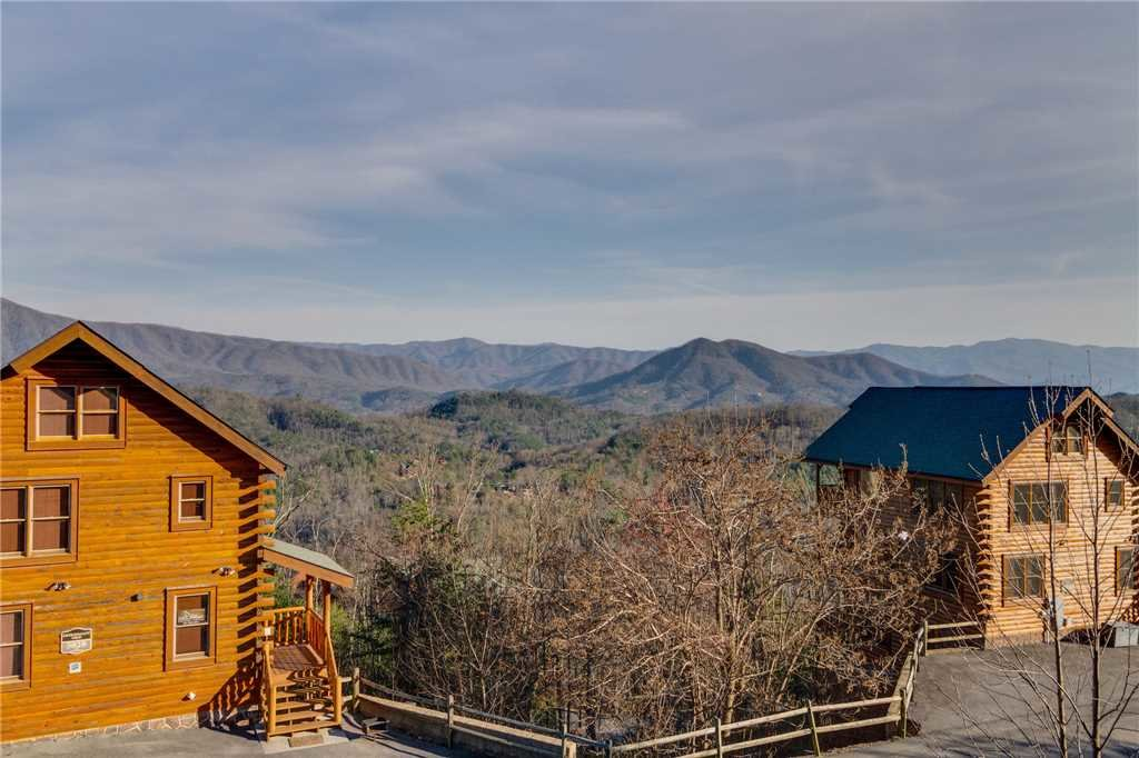 Photo of a Pigeon Forge Cabin named Big Sky - This is the forty-third photo in the set.