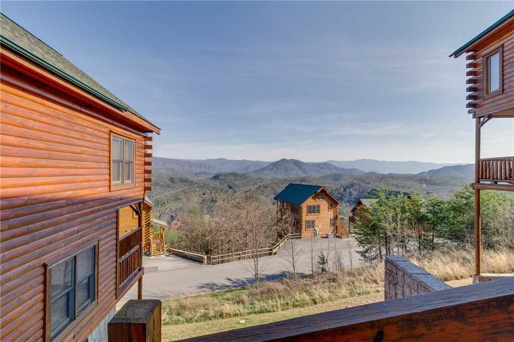 Photo of a Pigeon Forge Cabin named Big Sky - This is the forty-sixth photo in the set.
