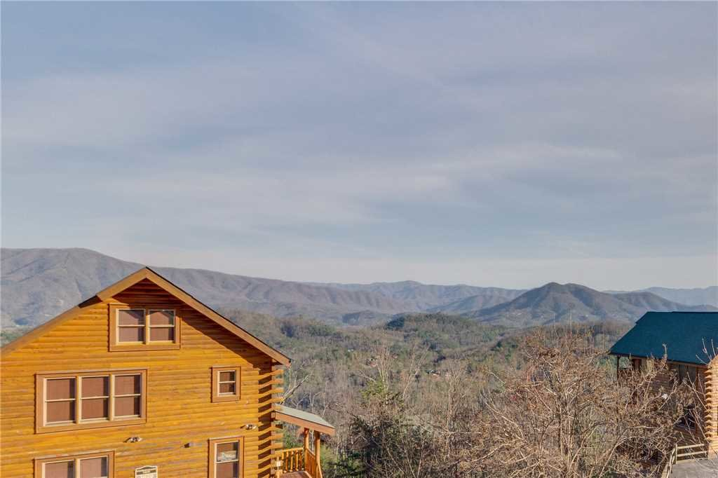 Photo of a Pigeon Forge Cabin named Big Sky - This is the fortieth photo in the set.