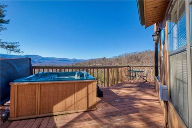 Bear Crossing, 2 Bedrooms, Pets, Hot Tub, Fireplace, Wifi, Sleeps 6
