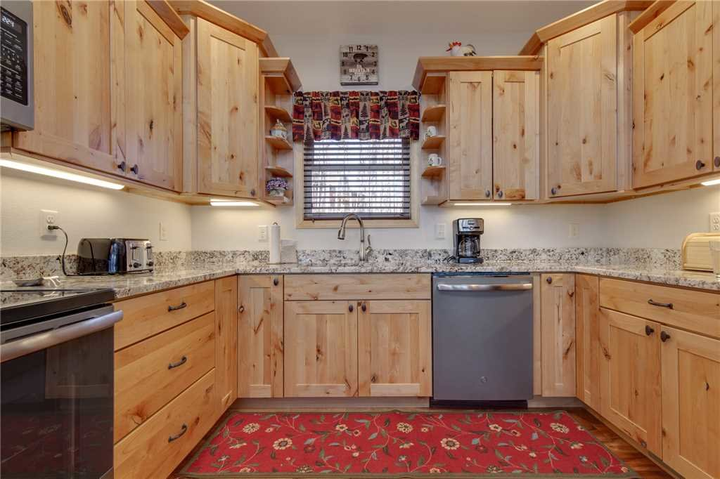 Photo of a Gatlinburg Cabin named Eagles View - This is the twelfth photo in the set.