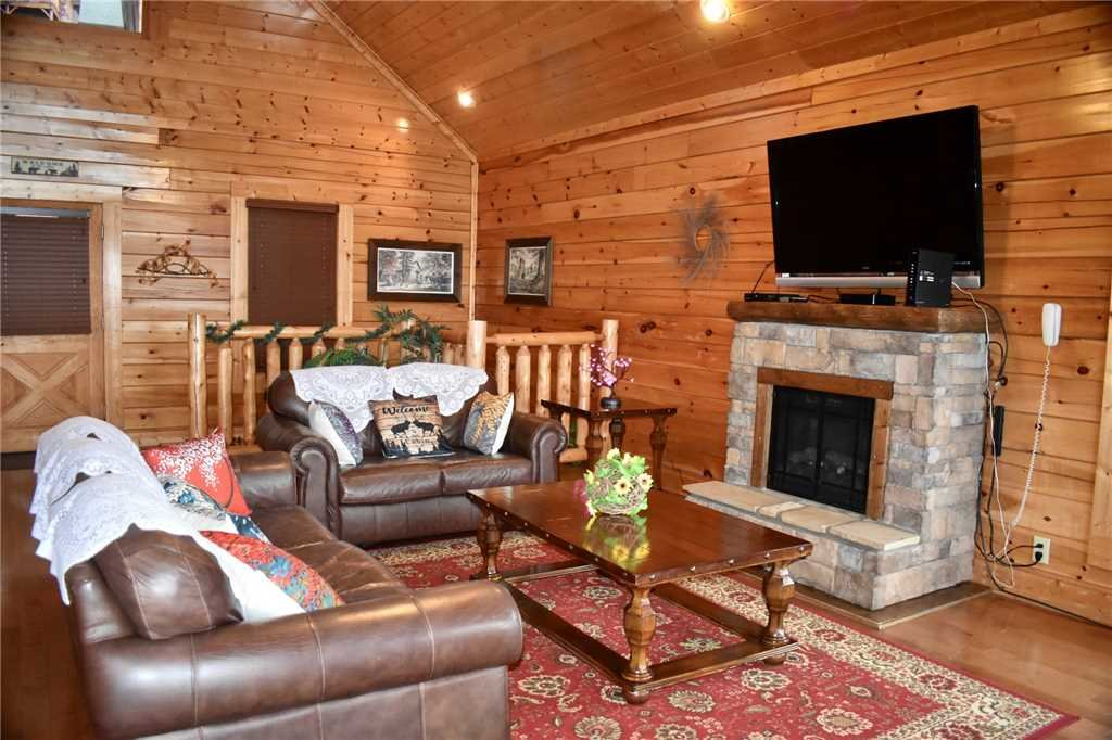 Photo of a Pigeon Forge Cabin named Shooting Star - This is the seventh photo in the set.