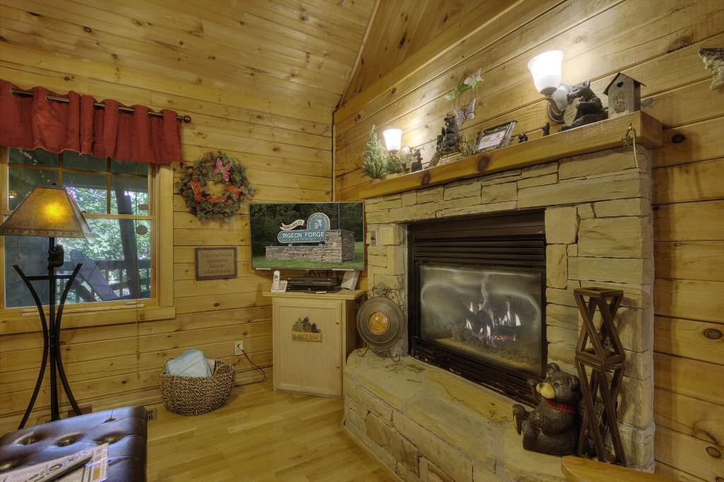 Photo of a Gatlinburg Cabin named Pure Pleasure Too #202 - This is the seventh photo in the set.