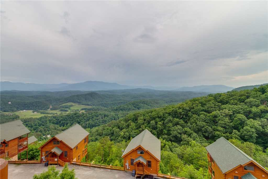 Photo of a Pigeon Forge Cabin named Shooting Star - This is the sixteenth photo in the set.