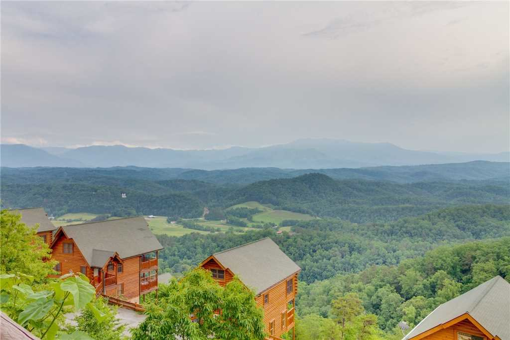 Photo of a Pigeon Forge Cabin named Shooting Star - This is the thirty-ninth photo in the set.