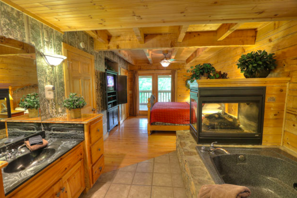Photo of a Sevierville Cabin named Teddy Bear Lodge - This is the twelfth photo in the set.