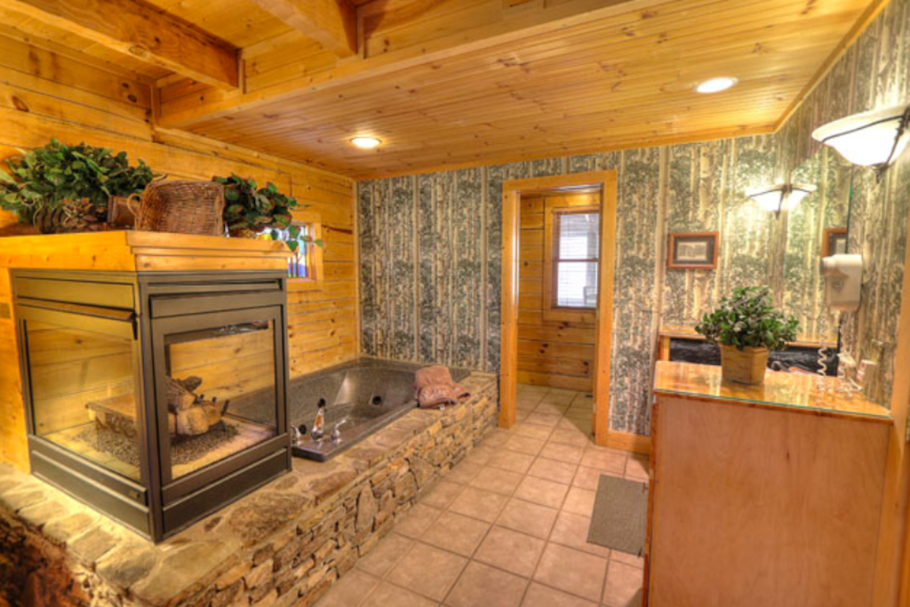 Photo of a Sevierville Cabin named Teddy Bear Lodge - This is the eleventh photo in the set.
