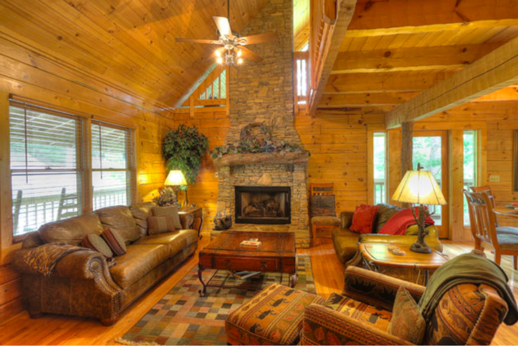 Photo of a Sevierville Cabin named Teddy Bear Lodge - This is the seventh photo in the set.