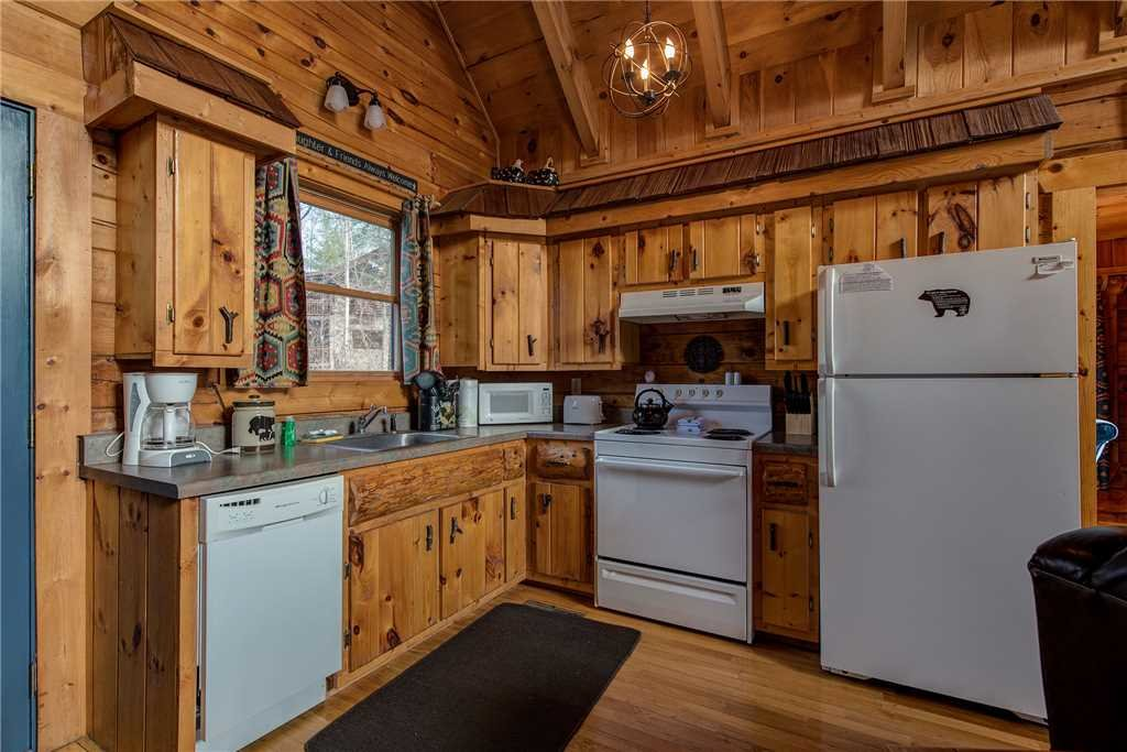 Photo of a Gatlinburg Cabin named Peaceful Mountain Gem - This is the fifth photo in the set.