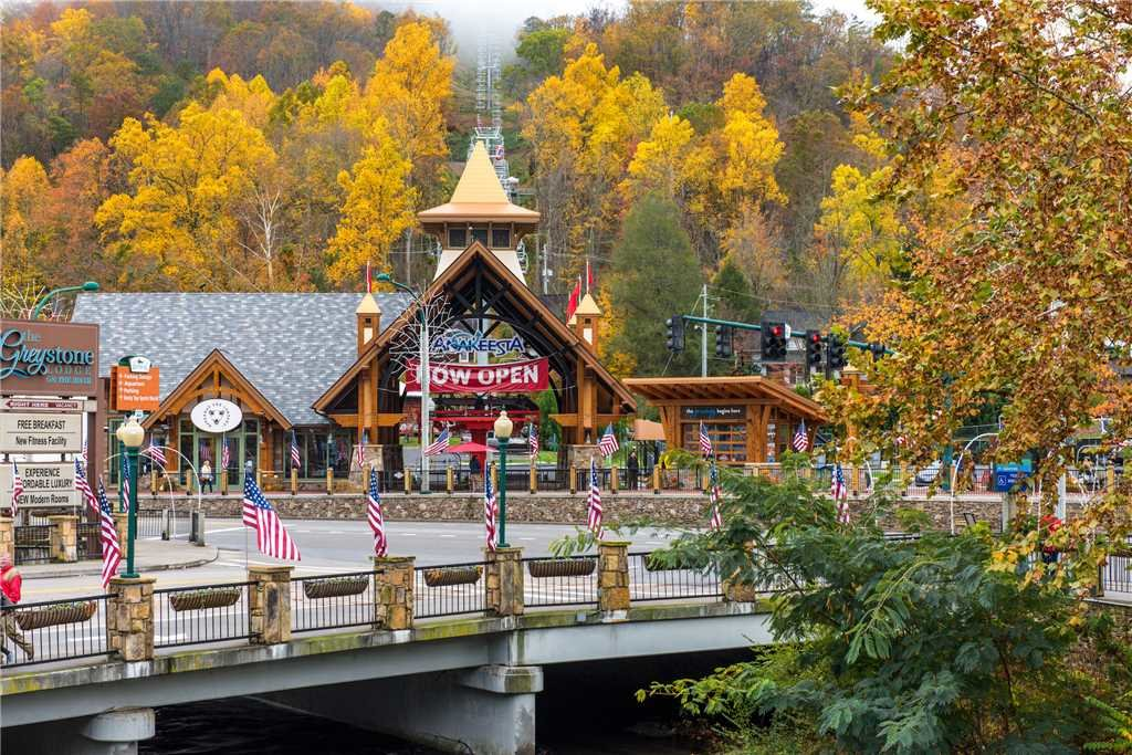 Photo of a Gatlinburg Cabin named Peaceful Mountain Gem - This is the twenty-first photo in the set.