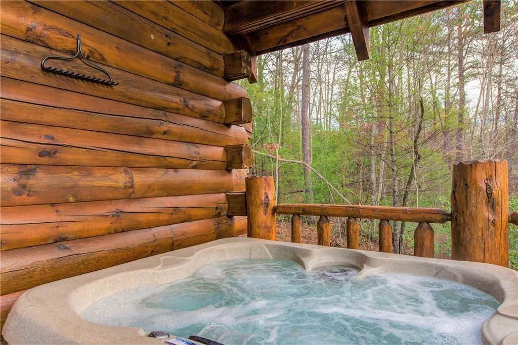Photo of a Sevierville Cabin named Peaceful Mountain Gem - This is the second photo in the set.