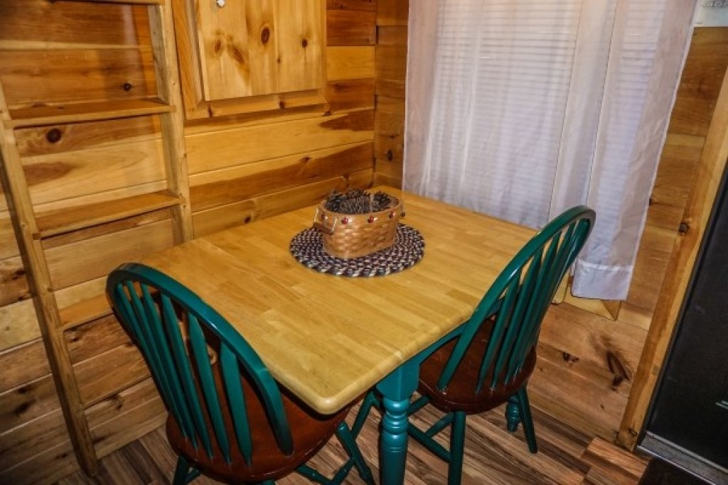 Photo of a Gatlinburg Cabin named Cozy Cabin - This is the eighth photo in the set.