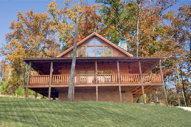 2 Bedroom, 2 Bath Luxury Cabin For 6, Semi-secluded With A Gas Fireplace.