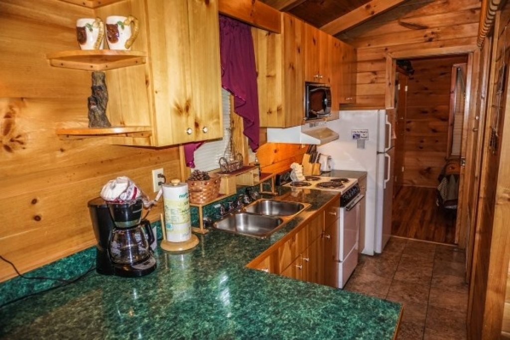 Photo of a Gatlinburg Cabin named Cozy Cabin - This is the sixth photo in the set.