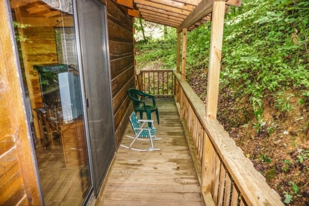 Photo of a Gatlinburg Cabin named Cozy Cabin - This is the nineteenth photo in the set.
