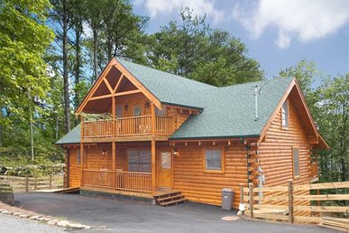 4 Bedroom, 3.5 Bath, Deluxe Cabin For 12, Amazing Theater Room W/10-foot Screen.