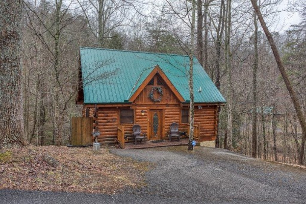 Photo of a Gatlinburg Cabin named Gettin' Lucky - This is the seventeenth photo in the set.