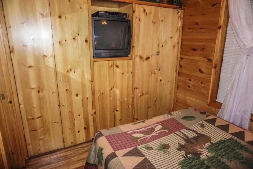 Photo of a Gatlinburg Cabin named Cozy Cabin - This is the tenth photo in the set.