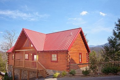 4 Bedroom, 4 Bath Cabin In A Resort With An Incredible Mountain View And Hot Tub