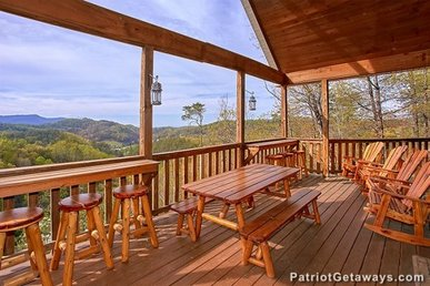 3 King Suites! Luxury Cabin For 10 With A Hot Tub & Incredible Mountain View.