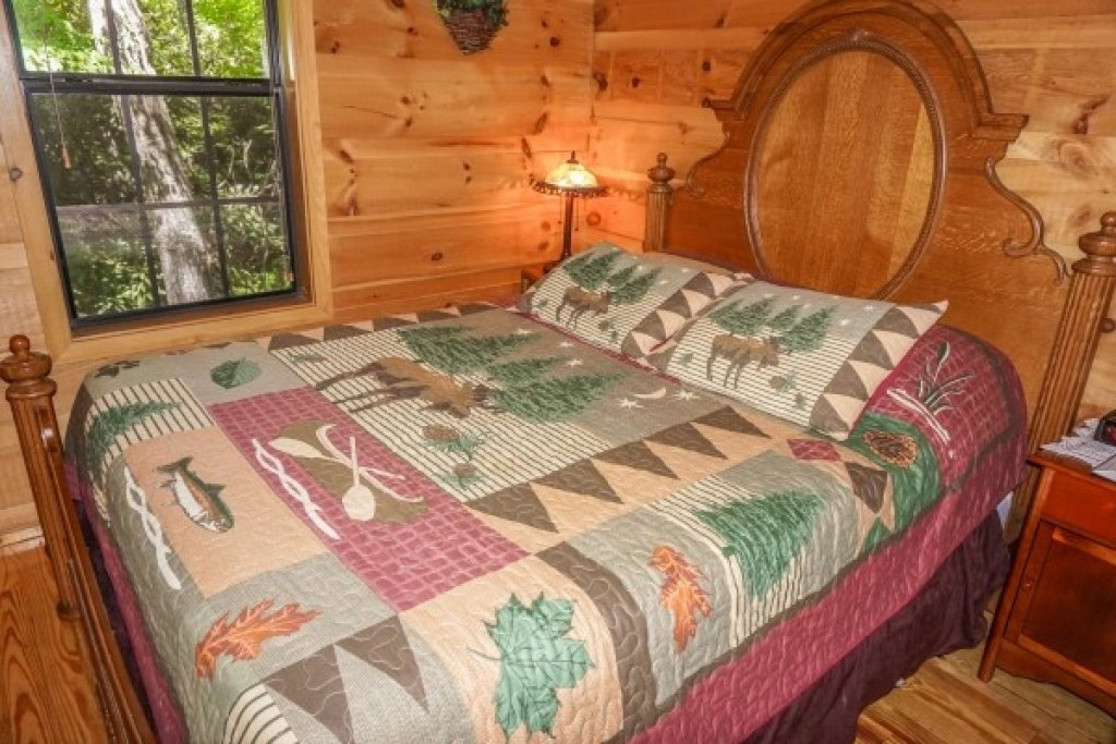 Photo of a Gatlinburg Cabin named Seclusion - This is the twelfth photo in the set.
