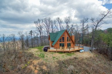 2 Bedroom, 2.5 Bath Luxury Cabin For 6 Boasting The Best View In The Smokies!