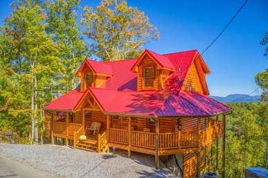 2 Queen Master Suites Luxury Plus Cabin For 6 With Stunning Mountain Views.
