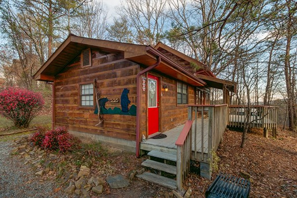 Photo of a Pigeon Forge Cabin named Beary Good Time - This is the fourteenth photo in the set.
