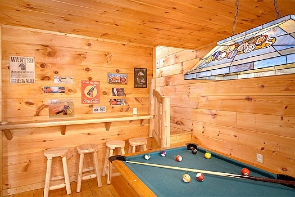 Photo of a Gatlinburg Cabin named American Dream - This is the ninth photo in the set.
