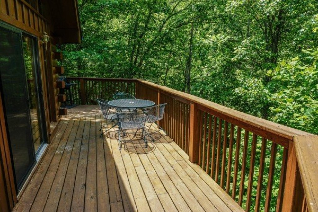 Photo of a Sevierville Cabin named Angel's Place - This is the eighth photo in the set.