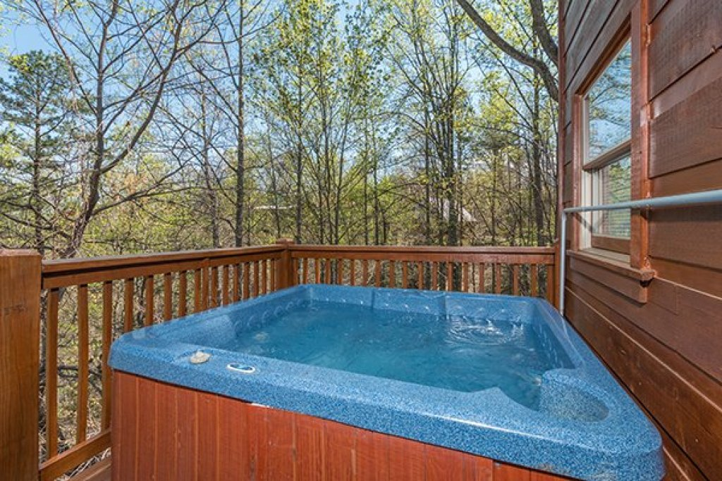 Photo of a Gatlinburg Cabin named Lumber Jack Lodge - This is the twelfth photo in the set.