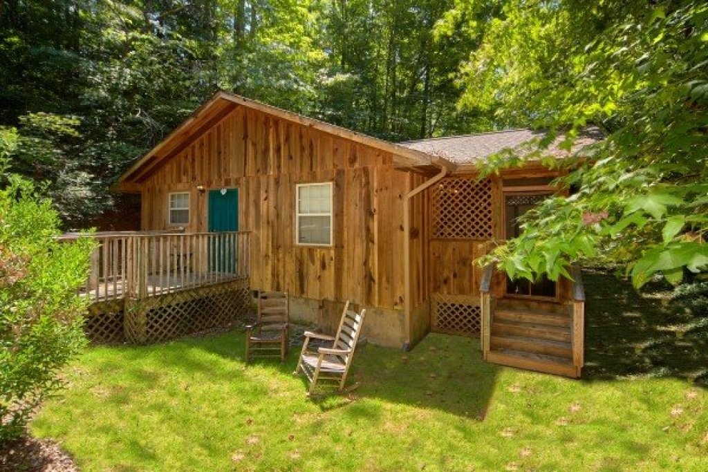 Photo of a Pigeon Forge Cabin named Dream Catcher - This is the first photo in the set.