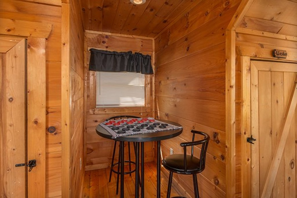 Photo of a Gatlinburg Cabin named Lumber Jack Lodge - This is the ninth photo in the set.
